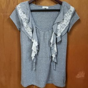 UO silence+noise Lace&Ruffle Tee